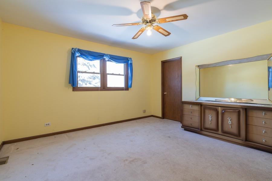 Real Estate Photography - 515 E Ridge Rd, Arlington Heights, IL, 60004 - 3rd Bedroom