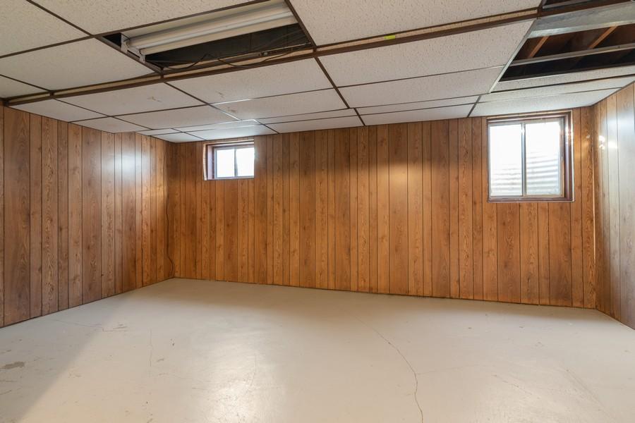Real Estate Photography - 515 E Ridge Rd, Arlington Heights, IL, 60004 - Basement