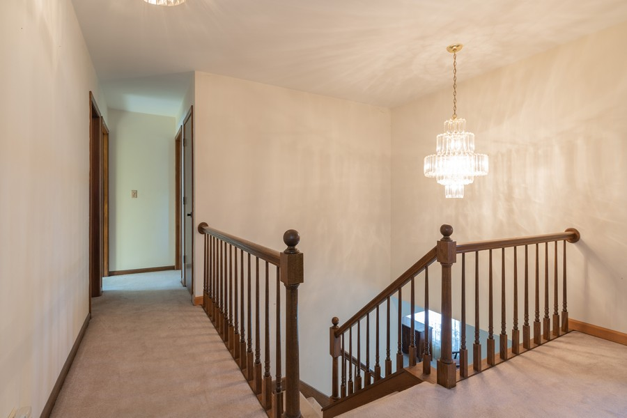 Real Estate Photography - 515 E Ridge Rd, Arlington Heights, IL, 60004 - Hallway
