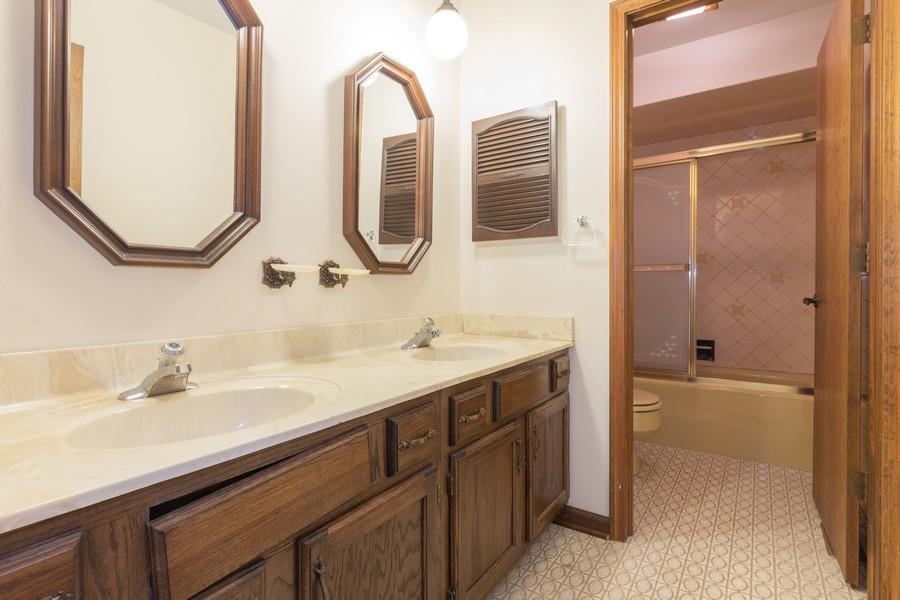 Real Estate Photography - 515 E Ridge Rd, Arlington Heights, IL, 60004 - Bathroom