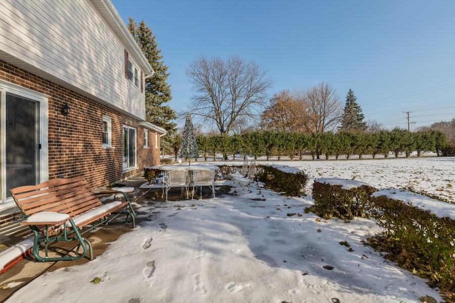 Real Estate Photography - 515 E Ridge Rd, Arlington Heights, IL, 60004 - Patio