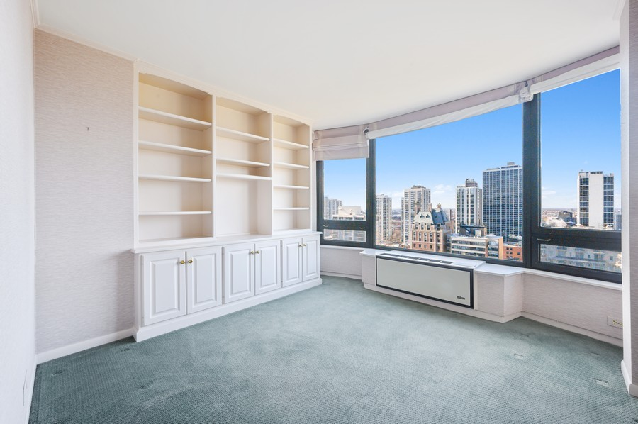 Real Estate Photography - 1555 W Astor, 24W, Chicago, IL, 60610 - 2nd Bedroom