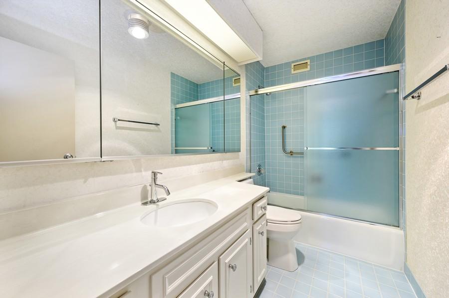 Real Estate Photography - 1555 W Astor, 24W, Chicago, IL, 60610 - Bathroom