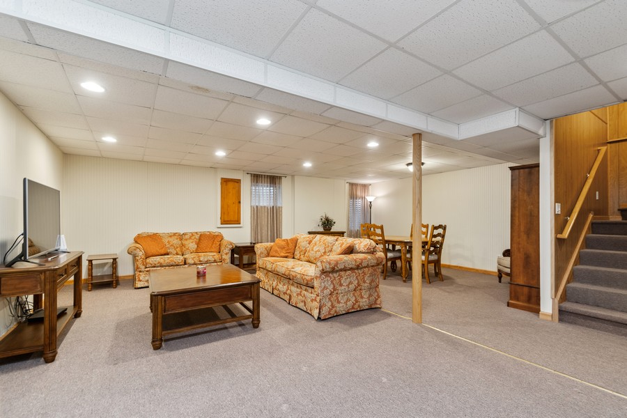 Real Estate Photography - 2624 Schooner Dr, New Lenox, IL, 60451 - Recreational Room