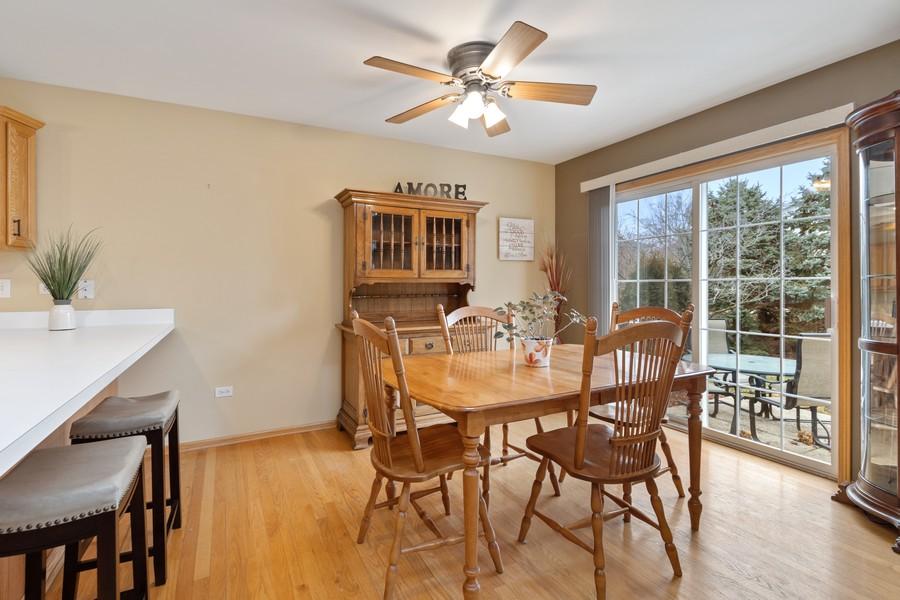 Real Estate Photography - 2624 Schooner Dr, New Lenox, IL, 60451 - Breakfast Nook