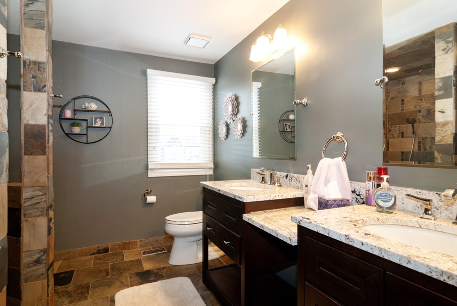 Real Estate Photography - 231 Millington Ln, Aurora, IL, 60504 - Master Bathroom