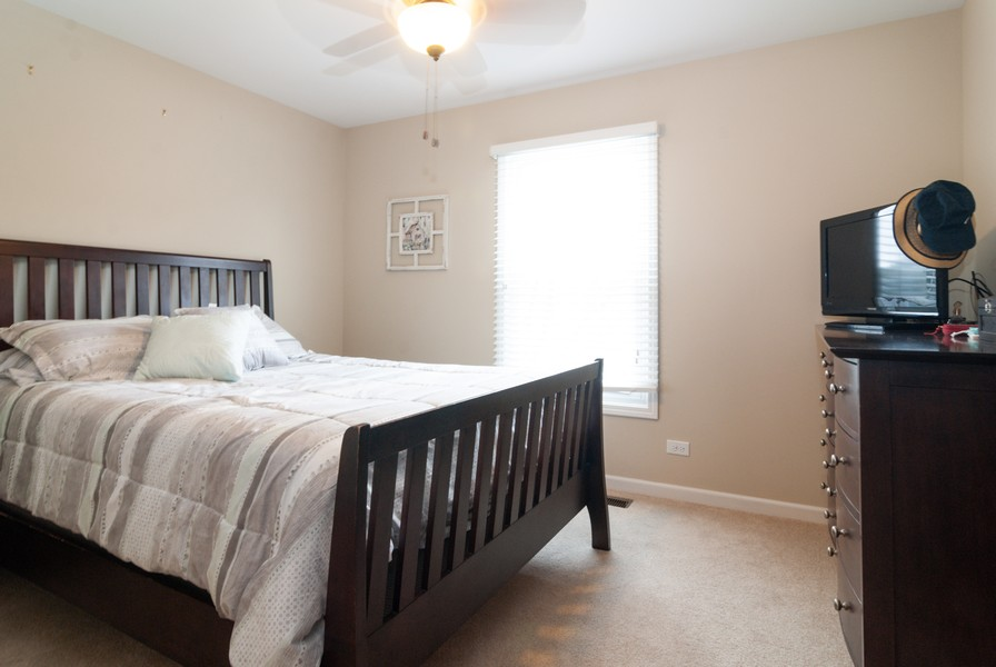 Real Estate Photography - 231 Millington Ln, Aurora, IL, 60504 - 2nd Bedroom