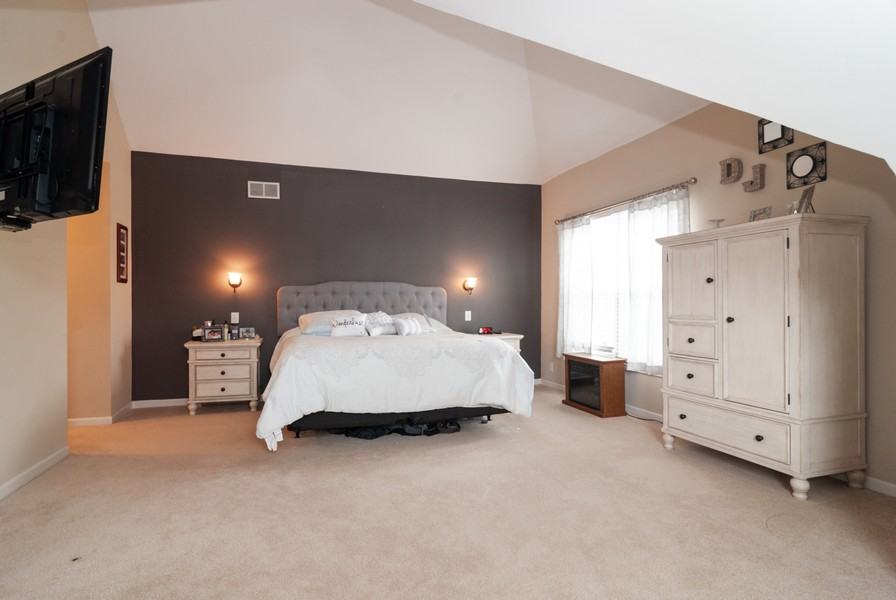 Real Estate Photography - 231 Millington Ln, Aurora, IL, 60504 - Master Bedroom