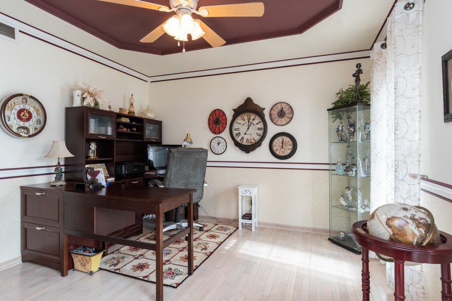Real Estate Photography - 137 Cinderford Dr, Oswego, IL, 60543 - Dining Room