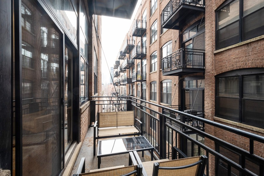 Real Estate Photography - 525 West Superior St, 328, Chicago, IL, 60654 - Balcony