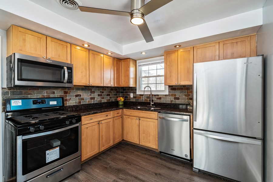 Real Estate Photography - 38 Monee Rd, Park Forest, IL, 60466 - Kitchen
