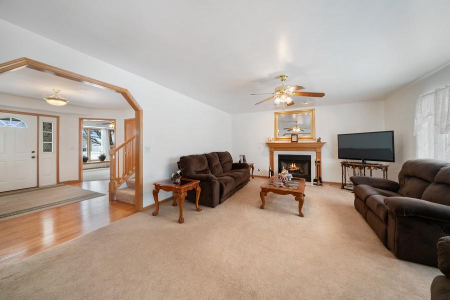 Real Estate Photography - 700 O Toole Dr, Minooka, IL, 60447 - FAMILY ROOM