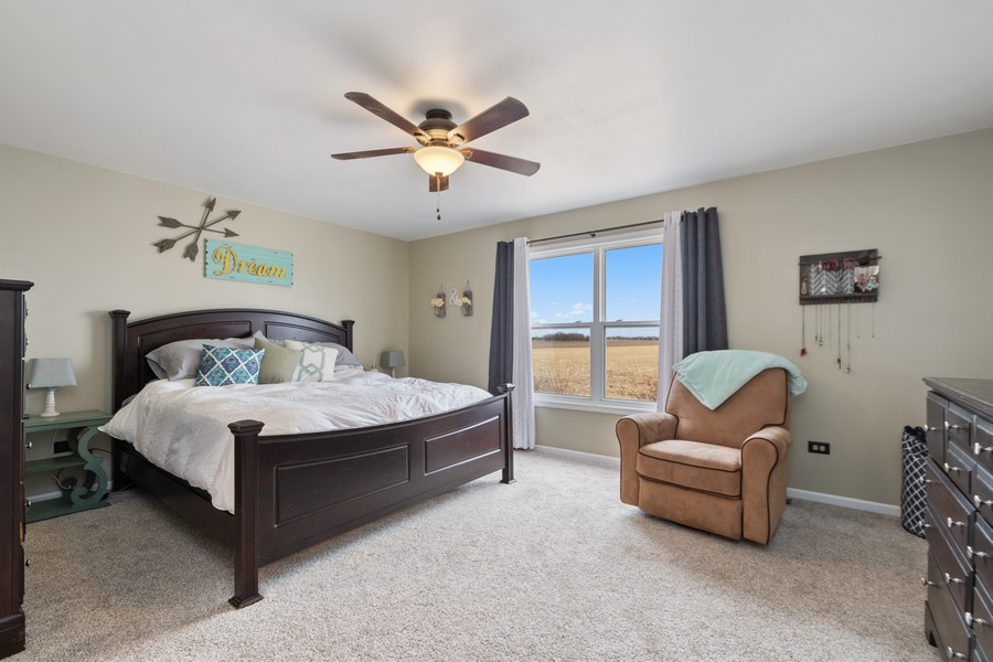Real Estate Photography - 2338 Cardinal Dr, New Lenox, IL, 60451 - Master Bedroom