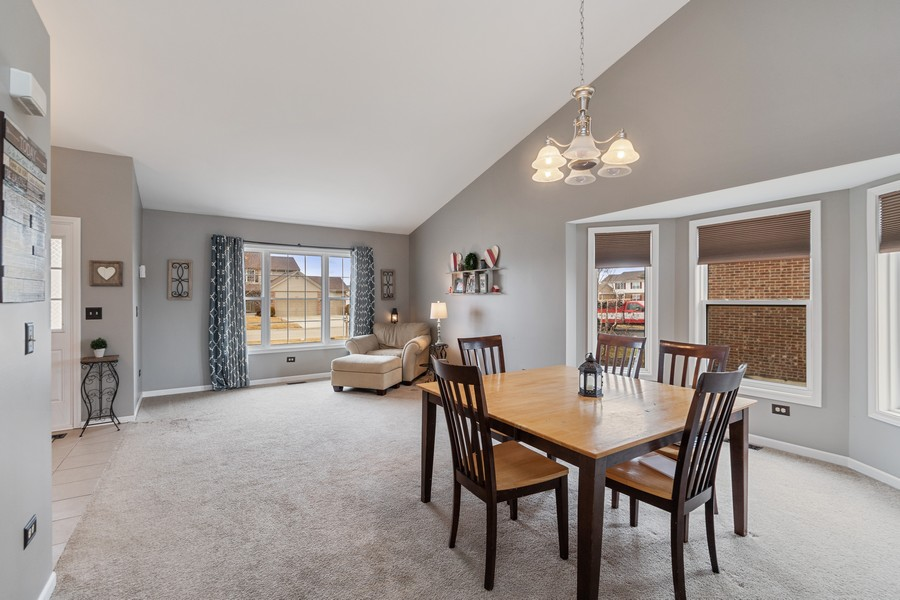 Real Estate Photography - 2338 Cardinal Dr, New Lenox, IL, 60451 - Living Room/Dining Room