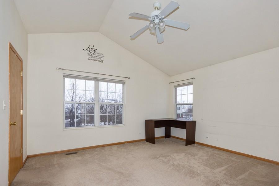 Real Estate Photography - 200 Parkside Dr, Shorewood, IL, 60404 - Master Bedroom
