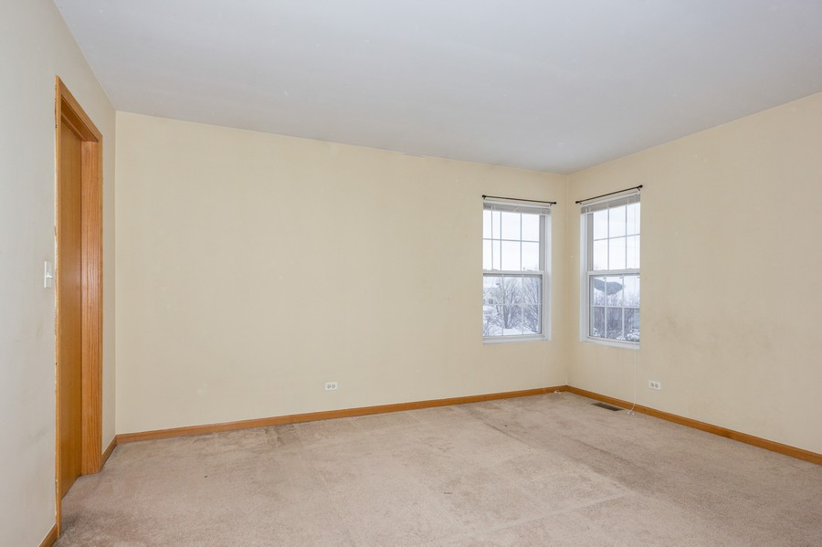 Real Estate Photography - 200 Parkside Dr, Shorewood, IL, 60404 - 2nd Bedroom