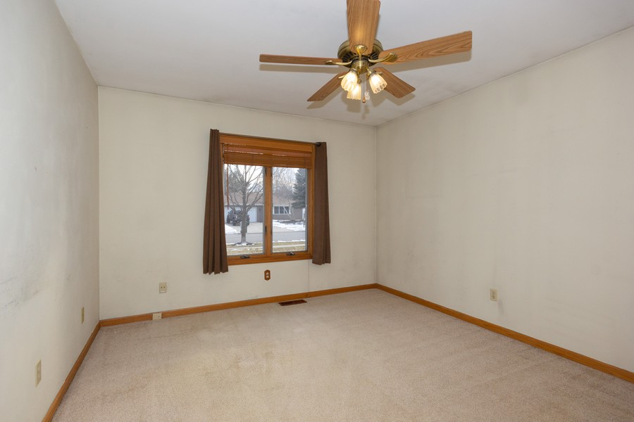 Real Estate Photography - 213 Deerhaven Dr, Minooka, IL, 60447 - 2nd Bedroom
