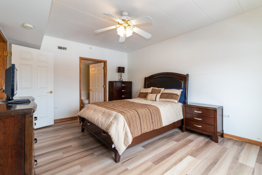 Real Estate Photography - 16040 Boardwalk Ln, 2A, Orland Park, IL, 60467 - Master Bedroom