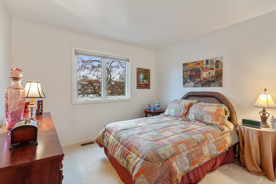 Real Estate Photography - 1591 Lois Ann Ln, Naperville, IL, 60563 - 2nd Bedroom