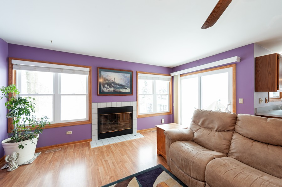 Real Estate Photography - 8807 Regnier Rd, Hebron, IL, 60034 - Family Room