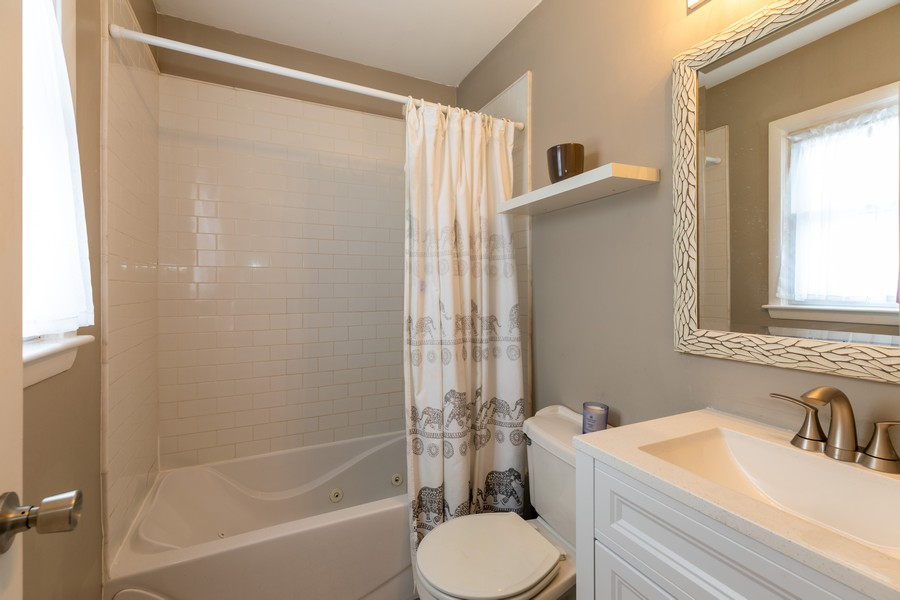 Real Estate Photography - 10240 Hyacinth Dr, Orland Park, IL, 60462 - Master Bathroom