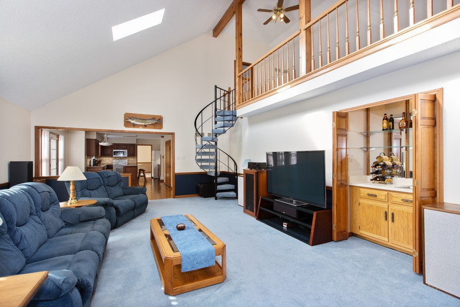 Real Estate Photography - 1416 Shepherd Dr, Naperville, IL, 60565 - Family Room