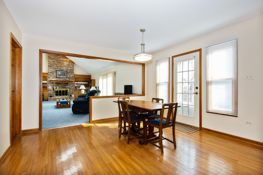 Real Estate Photography - 1416 Shepherd Dr, Naperville, IL, 60565 - Breakfast Area