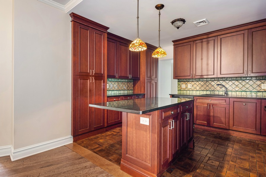 Real Estate Photography - 3400 North Lake Shore Dr, 4A, Chicago, IL, 60657 - Kitchen