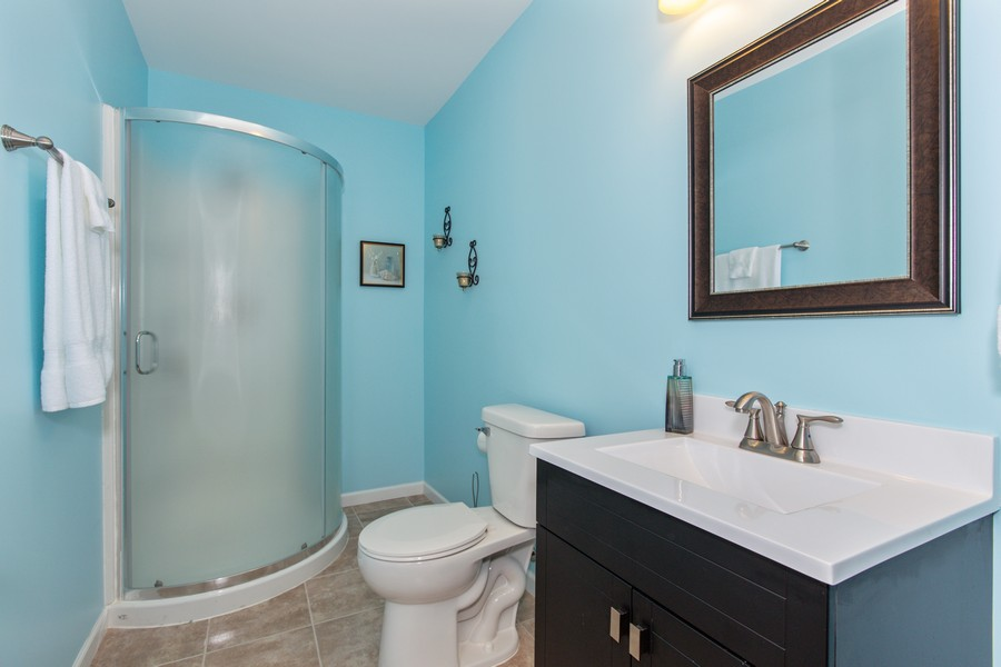 Real Estate Photography - 3655 Hector Ln, Naperville, IL, 60564 - 4th Bathroom