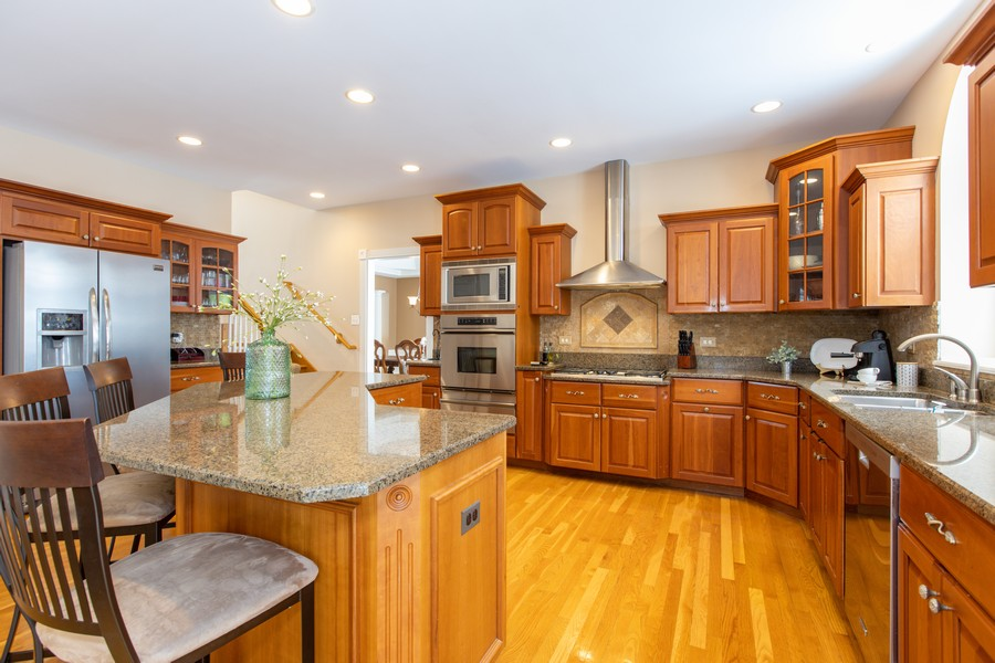 Real Estate Photography - 3655 Hector Ln, Naperville, IL, 60564 - Kitchen