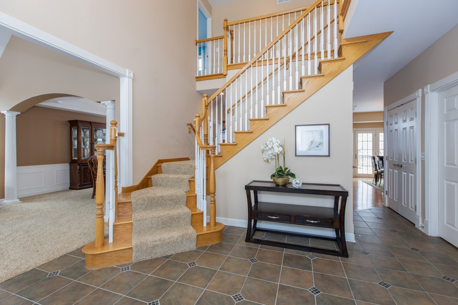 Real Estate Photography - 3655 Hector Ln, Naperville, IL, 60564 - Foyer