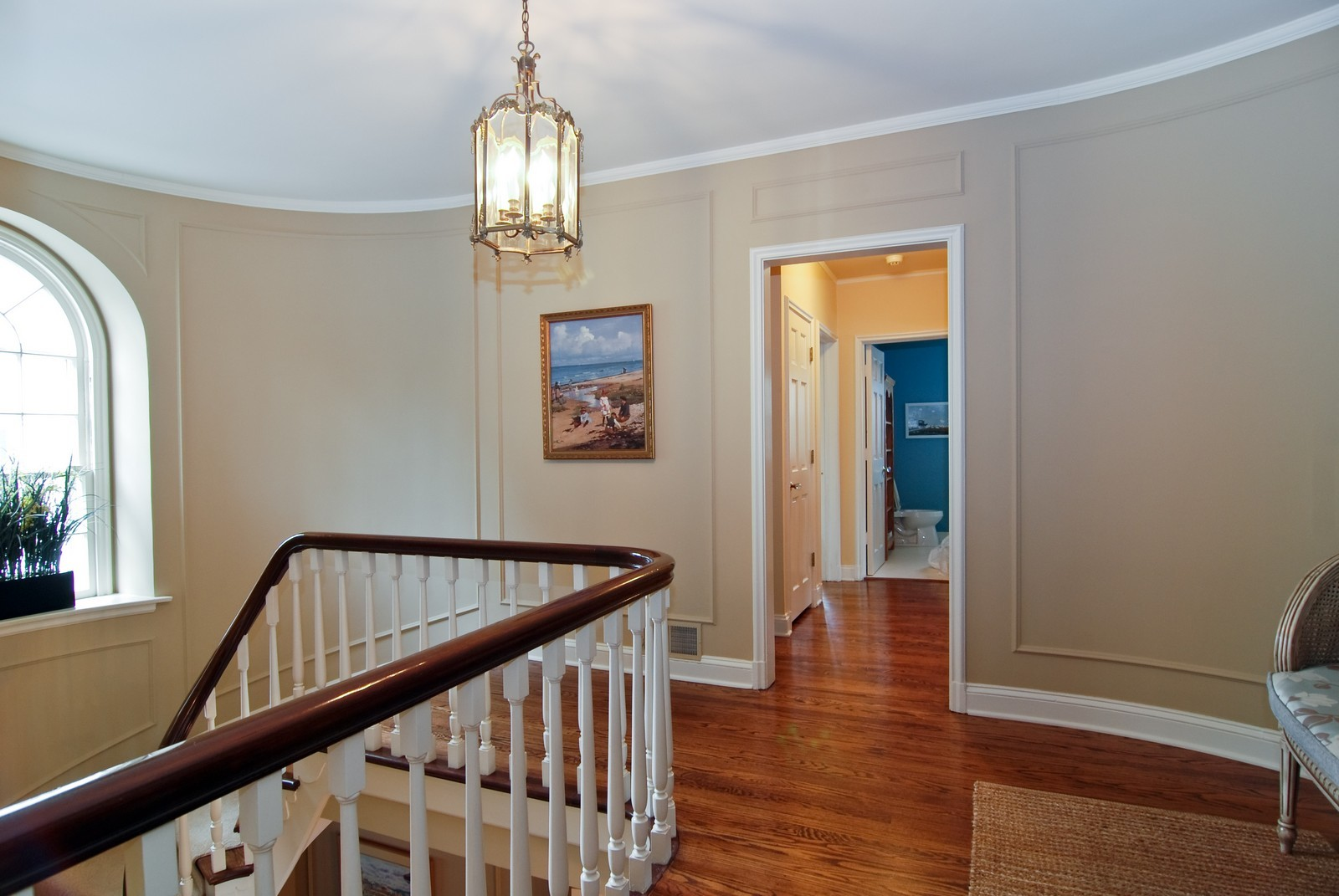 Real Estate Photography - 1532 Butterfield Road, Flossmoor, IL, 60422 - Second floor landing and palladian window.