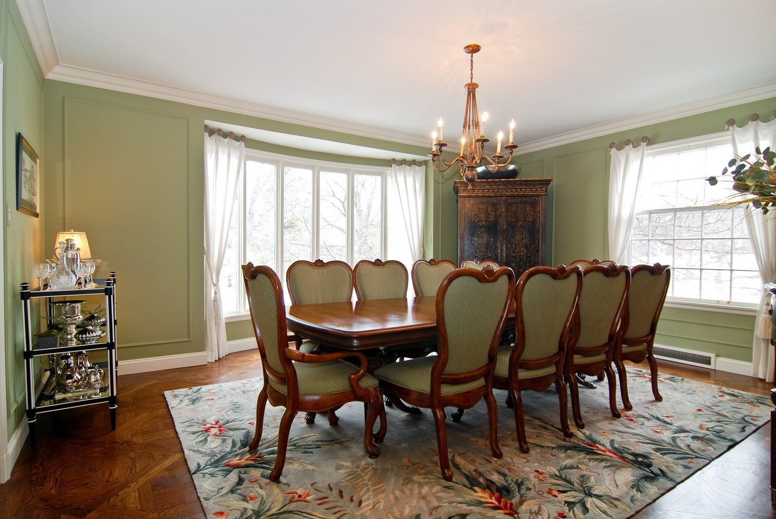 Real Estate Photography - 1532 Butterfield Road, Flossmoor, IL, 60422 - Entertainment sized dining room with detailed floo