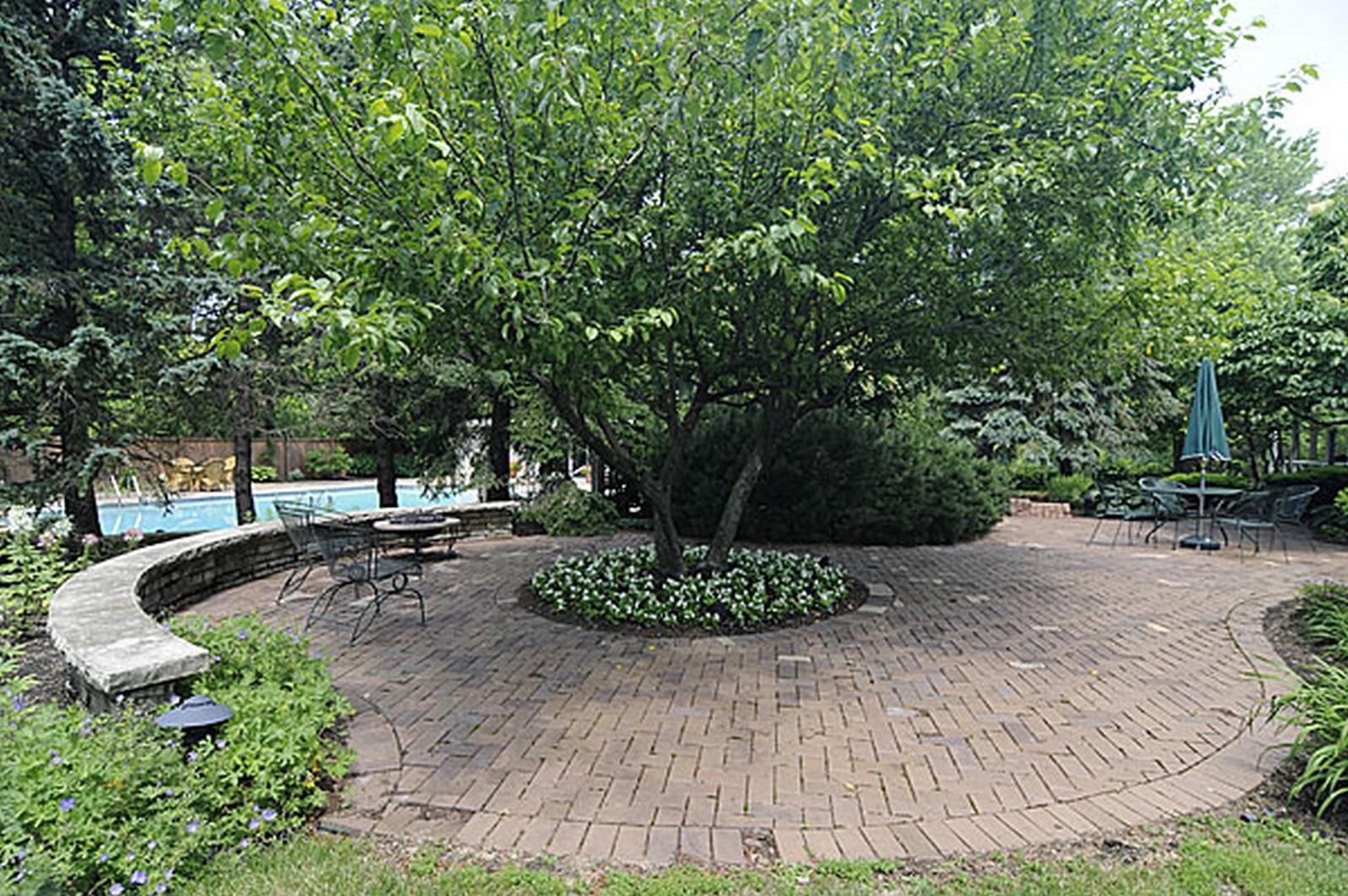 Real Estate Photography - 1532 Butterfield Road, Flossmoor, IL, 60422 - Patio