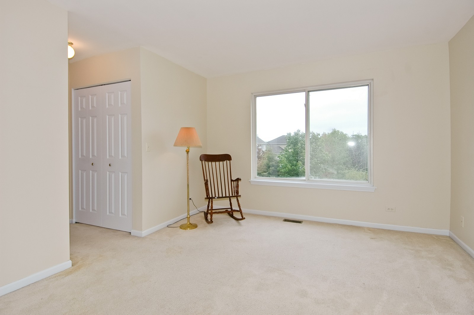 Real Estate Photography - 1086 Camillia, Fox River Grove, IL, 60021 - Master Bedroom