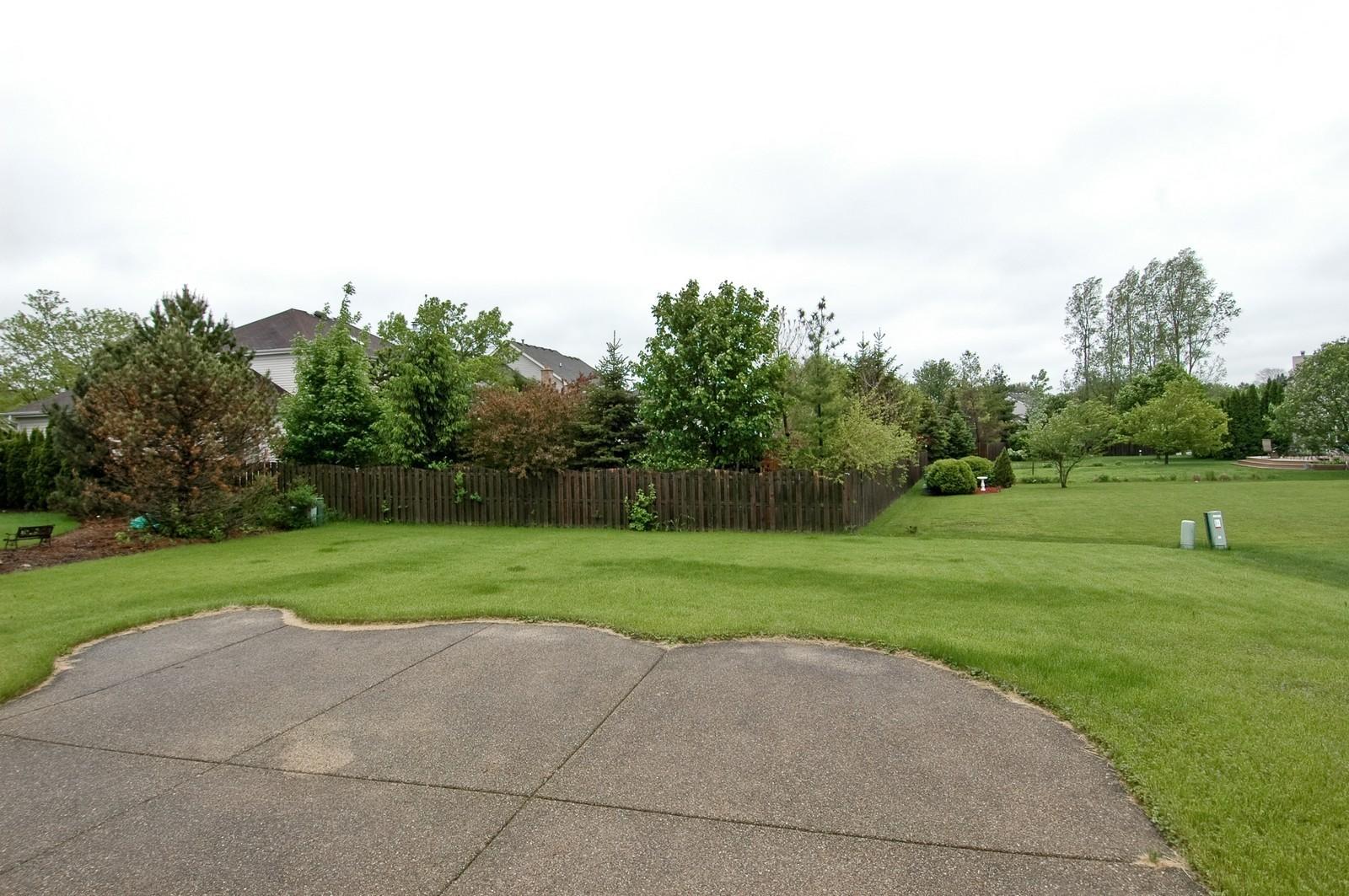 Real Estate Photography - 1086 Camillia, Fox River Grove, IL, 60021 - Back Yard