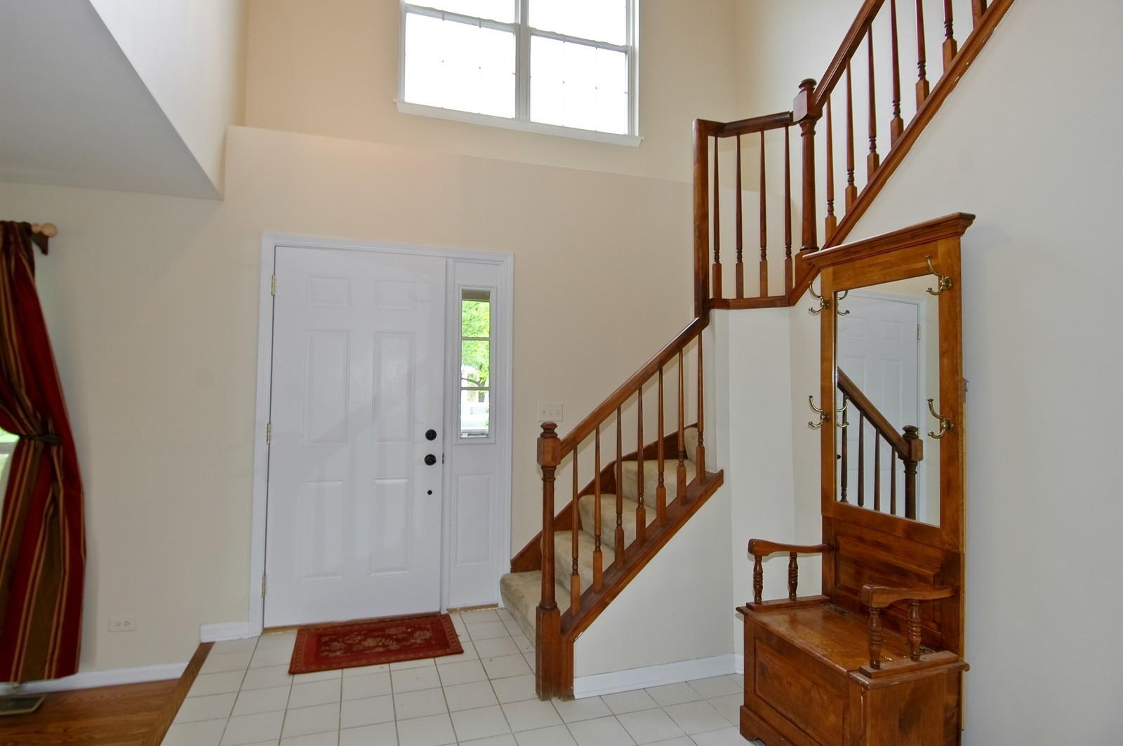Real Estate Photography - 1086 Camillia, Fox River Grove, IL, 60021 - Foyer