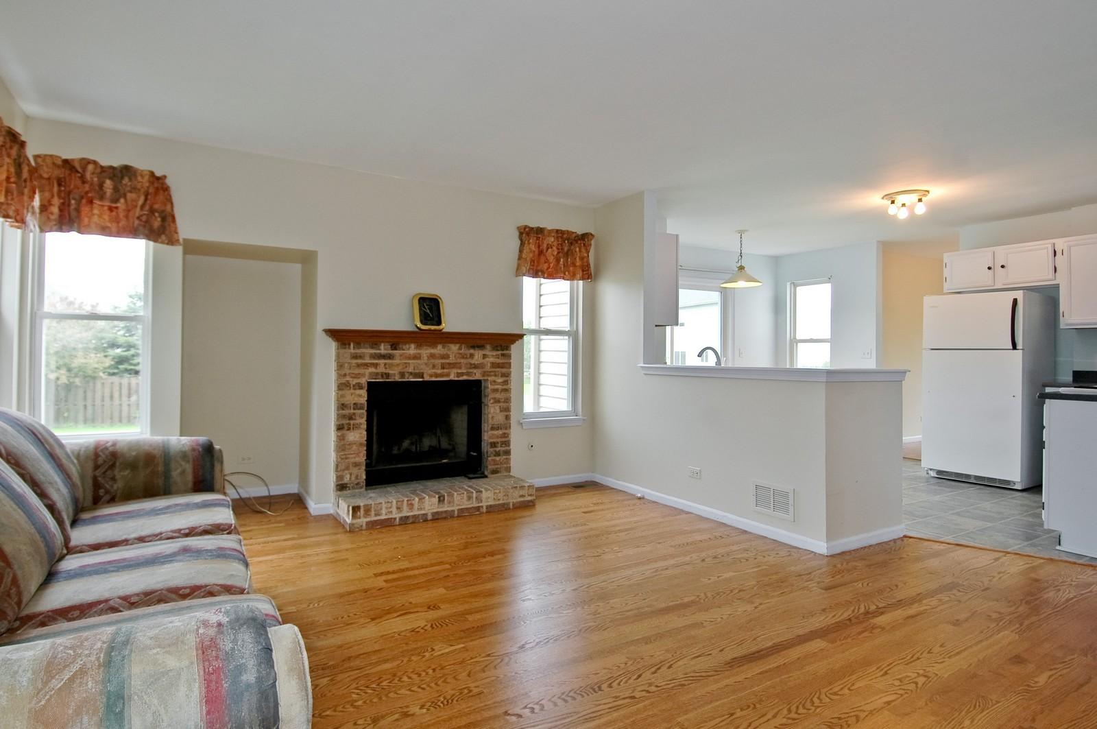 Real Estate Photography - 1086 Camillia, Fox River Grove, IL, 60021 - Family Room / Kitchen