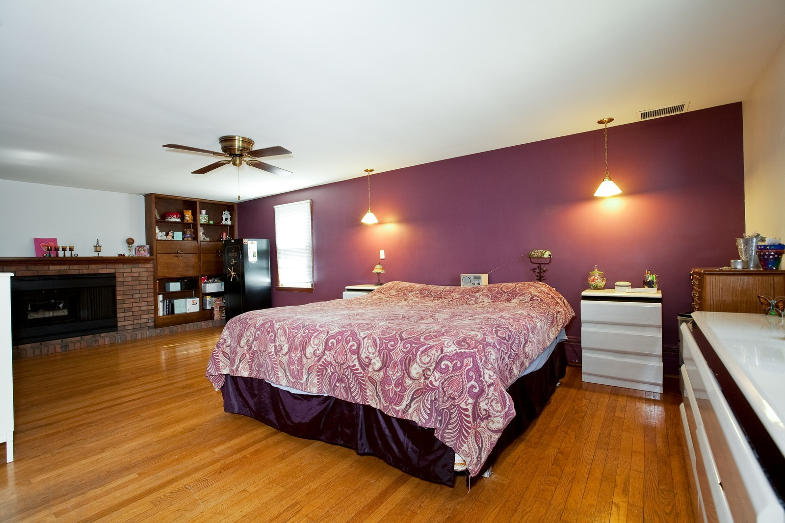 Real Estate Photography - 521 N Park, Westmont, IL, 60559 - Master Bedroom