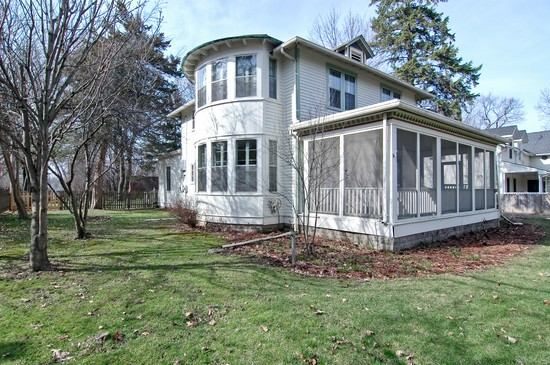 Front View photograph of 496 E Cedar Round Lake Illinois 60073