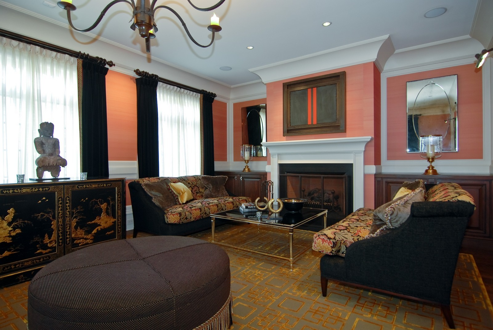 Real Estate Photography - 729 N Kingsbury, Chicago, IL, 60654 - Living Room