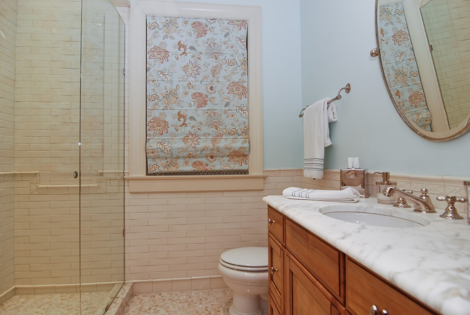 Real Estate Photography - 729 N Kingsbury, Chicago, IL, 60654 - Location 3