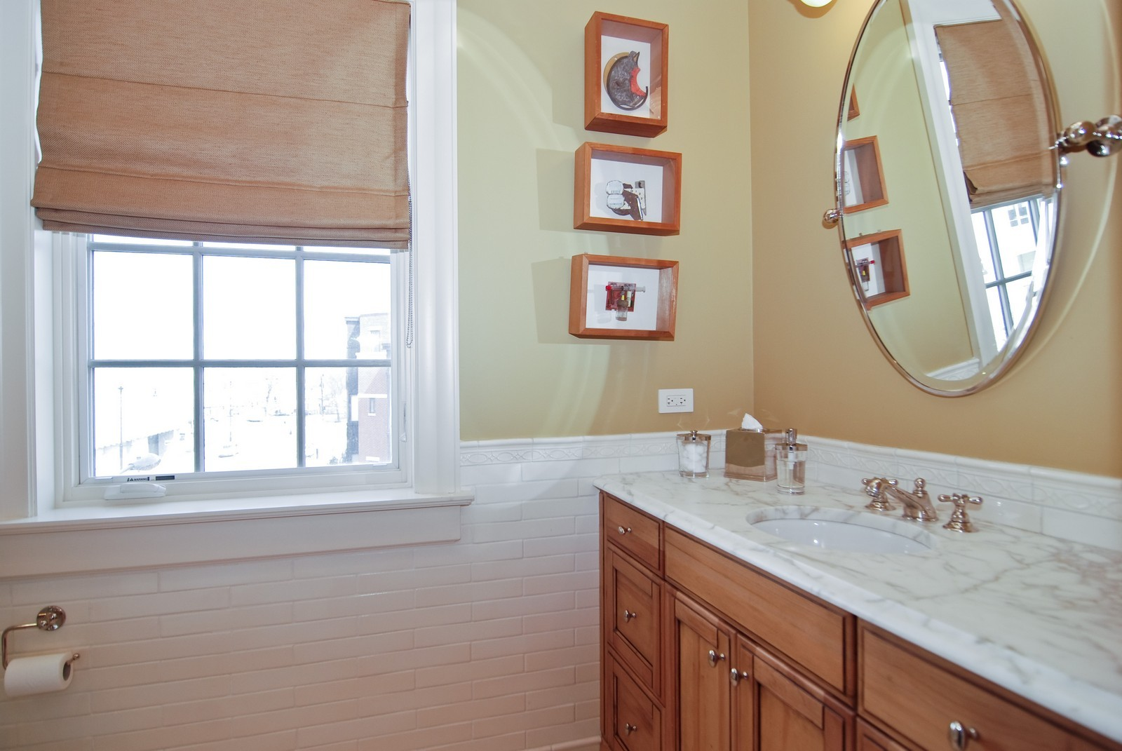 Real Estate Photography - 729 N Kingsbury, Chicago, IL, 60654 - Location 6