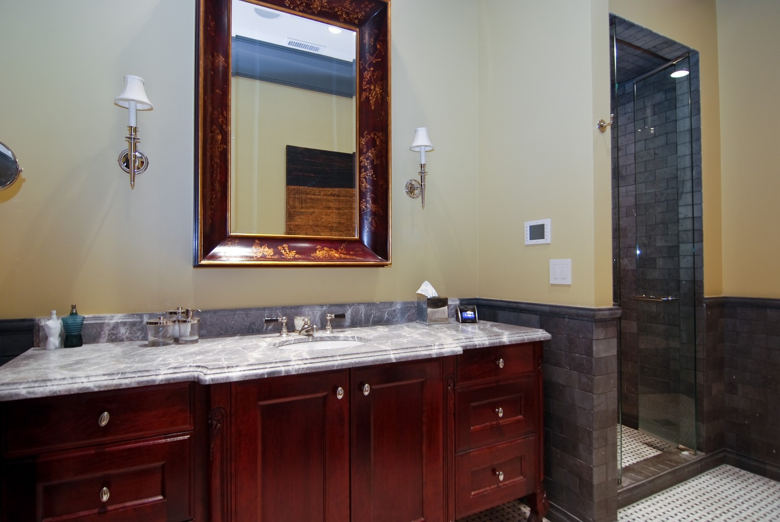 Real Estate Photography - 729 N Kingsbury, Chicago, IL, 60654 - Location 8