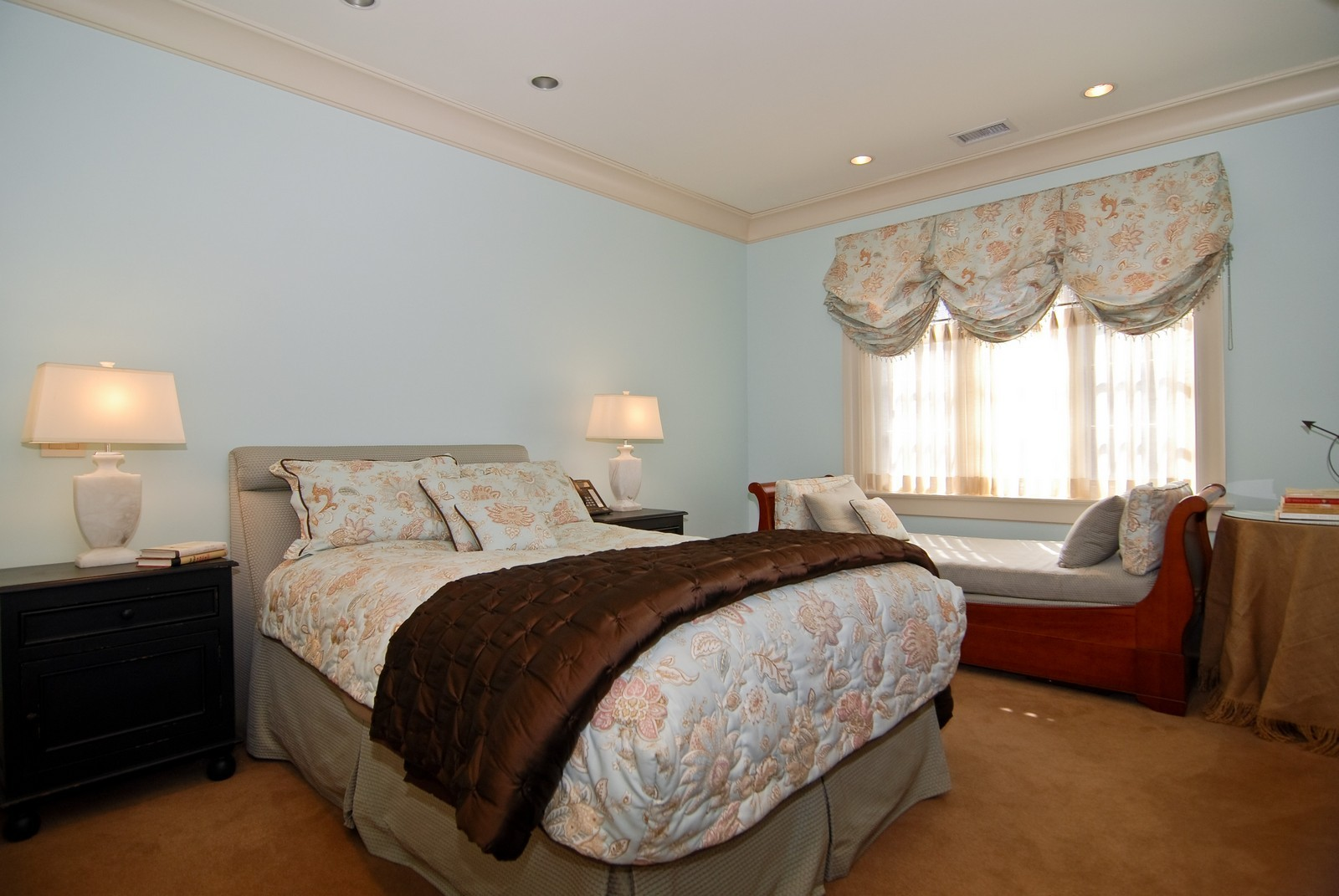Real Estate Photography - 729 N Kingsbury, Chicago, IL, 60654 - 3rd Bedroom
