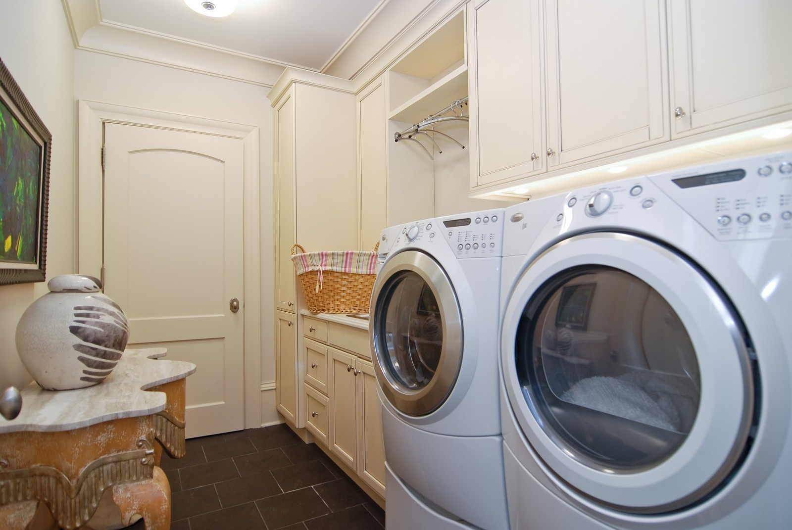 Real Estate Photography - 729 N Kingsbury, Chicago, IL, 60654 - Laundry Room