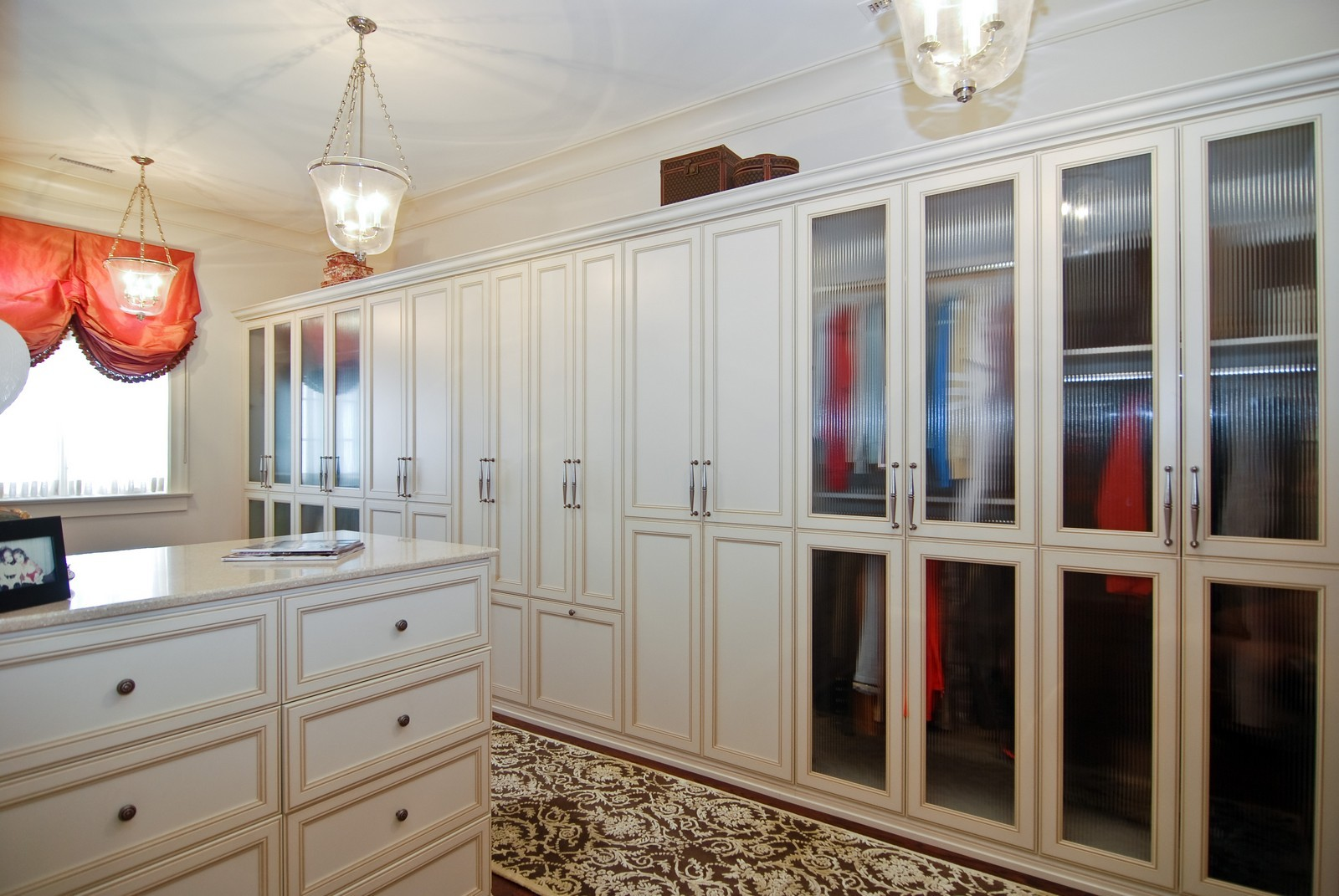 Real Estate Photography - 729 N Kingsbury, Chicago, IL, 60654 - Closet