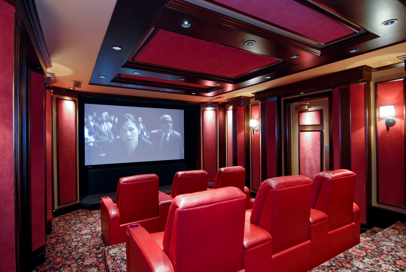 Real Estate Photography - 729 N Kingsbury, Chicago, IL, 60654 - Theater