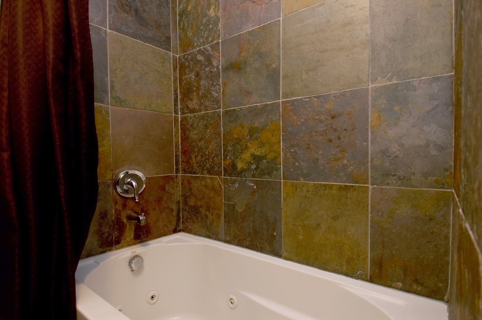 Real Estate Photography - 1444 Stonebridge, H1, Wheaton, IL, 60187 - Bathroom