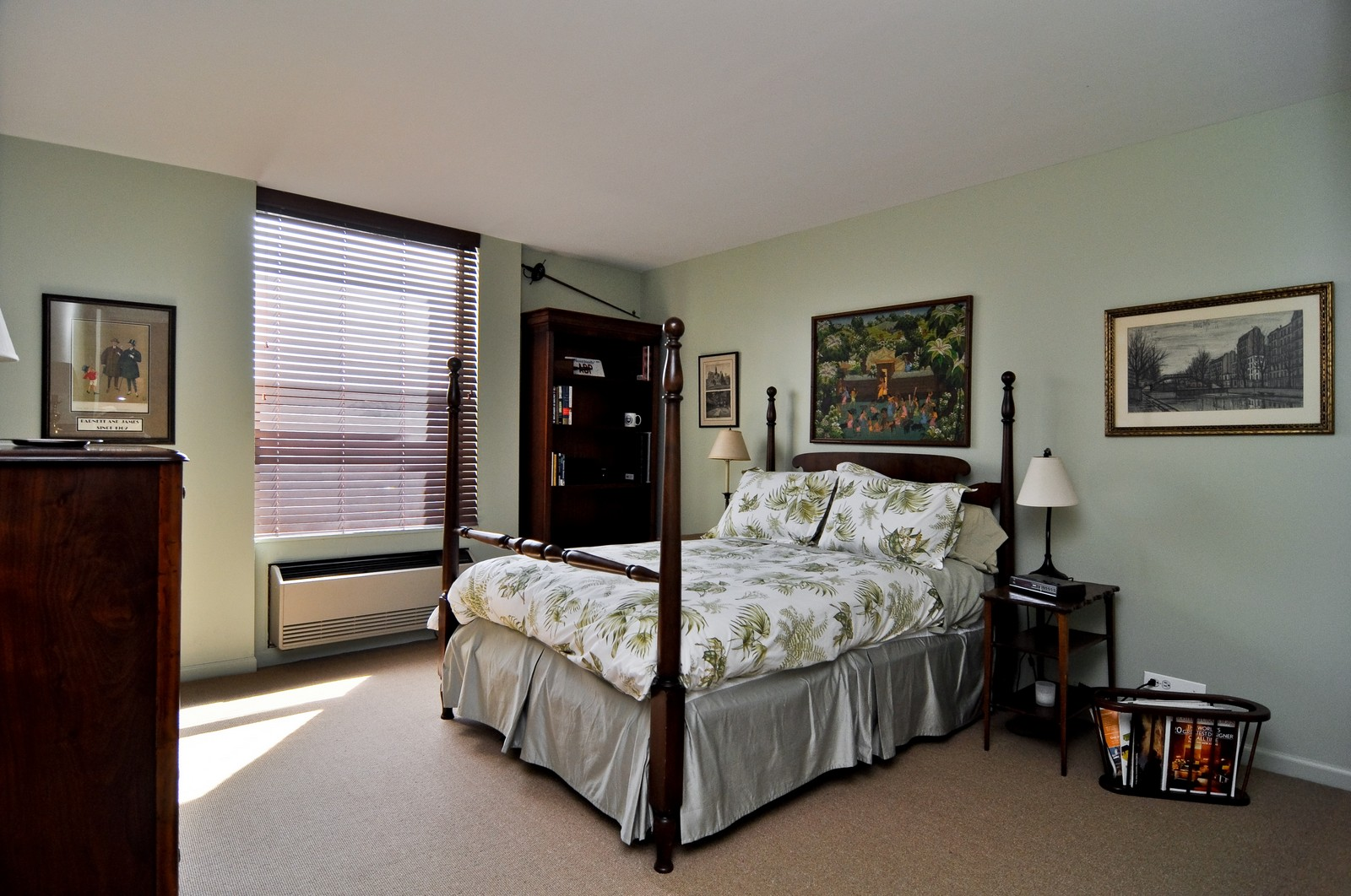 Real Estate Photography - 1500 Sheridan, 3F, Wilmette, IL, 60091 - 2nd Bedroom